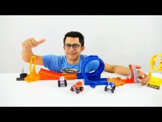 Çocuklar için oyunlar. Canavar kamyonlar yarışı - araba pisti Nail Babayla!