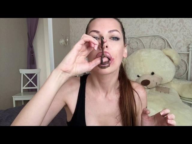 Как сделать губы более объемными, как у Анджелины Джоли