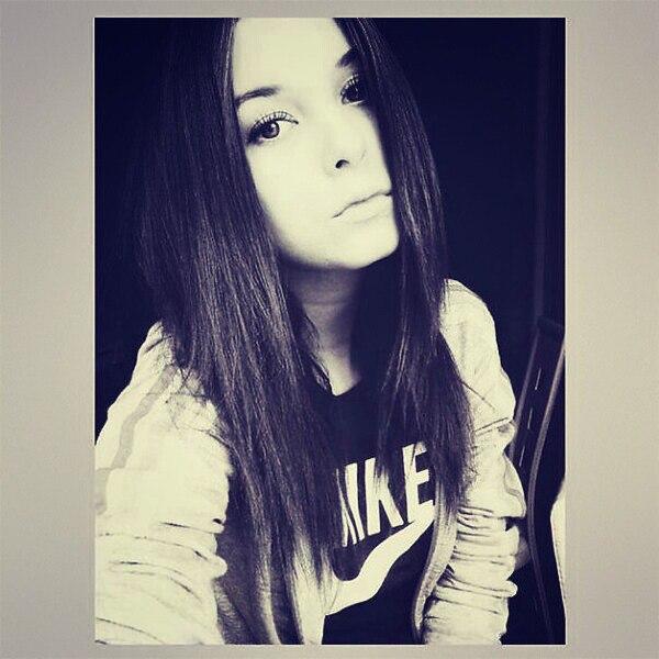 Картинки девушек на аву в вконтакте без лица 11