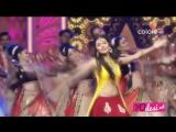 Madhuri Dixit Performing at Golden Petal Awards 2016