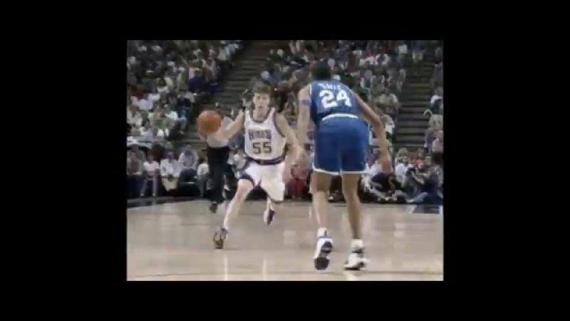 Один из самых зрелищных распасовщиков NBA/Баскетбол /пасы от бога)