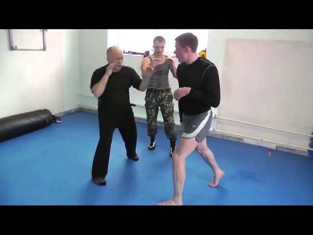 Крючков. Тренировка входа в атаку с двойным сбивом и встречными ударами