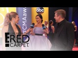Kacey Musgraves In Awe of Beyonce at 2016 CMA Awards | E! Live from the Red Carpet