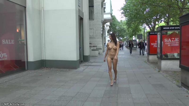 Billy Nude in Public 1