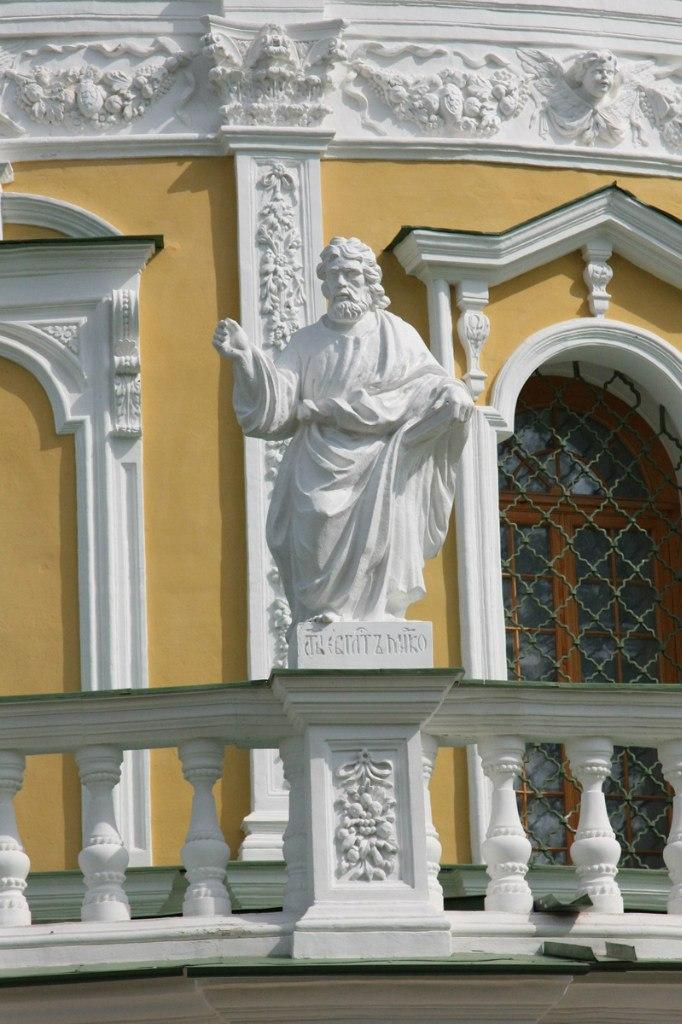 Скульптуры церкви с.Подмоклово