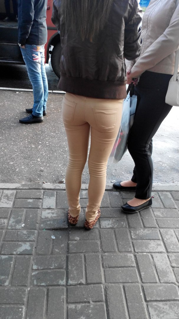Thejapanesenudes com babe with long legs