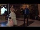 Жених и невеста поёт 😍😍😍