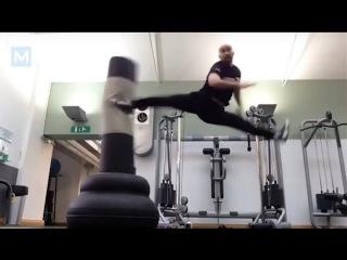 Amazing Martial Arts Tricks Master - fight arts - Tim Man