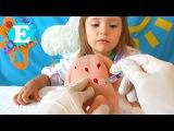 ★ УКОЛ В ПОПУ. Делаем укол кукле ньюборн Играем в доктора INJECTION in the Dolls ass