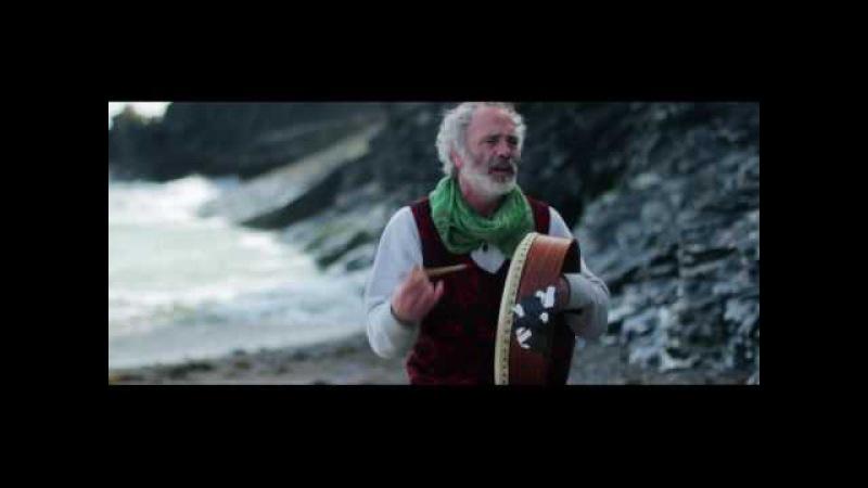 Rónán Ó Snodaigh Cad eile le rá Live by the sea part 1