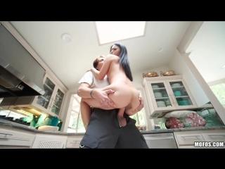 жесткий секс с большая грудью