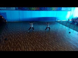 Чир-хип-хоп-двойка. Аверкина Дарья и Яворская Валерия. 1 место