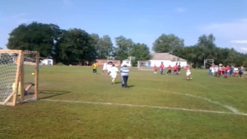 Переможний мяч Дмитра Нечипоренка у фінальній грі Калайдинці-Засулля 1-1 (по пен. 4-2)