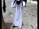 Верблюд насрал на голову арабу!