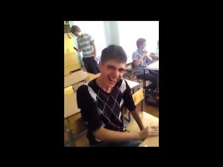 Школьные и студенческие приколы. Школьники и студенты жгут (online-video-cutter.com)
