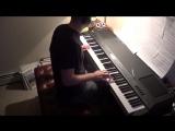 Потрясающее исполнение песни из Игры Престолов Light of the Seven на пианино