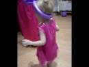 В гостях были не только мы Но и Маша с Мишей!  евасмирнова машаимедведь танцуютвсе новогодниеканикулы веселье детство