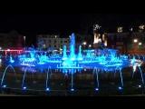 Цветной фонтан #travel #europetrip #autotrip #summer #evening #fountain #путешествие #европа #евротур #прогулка #вечер #фонтан