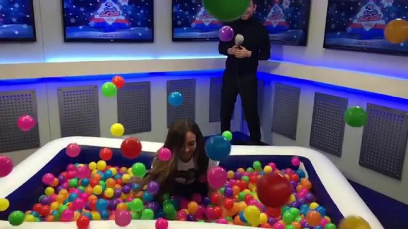 💁 @LittleMix's Владения Джейд CapitalJBB Pool Challenge! (Что хоть кричи...) 😂💜