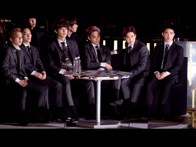 Fancam 161226 엑소 EXO OPENING SHOW 봄바람 공연 관람 시우민 첸 찬열 카이 수호 디오 직캠 Fancam 2016 가