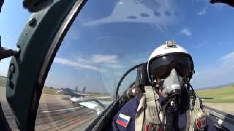 Полеты истребителей Су-27 в небе над Крымом в рамках СКШУ «Кавказ-2016»