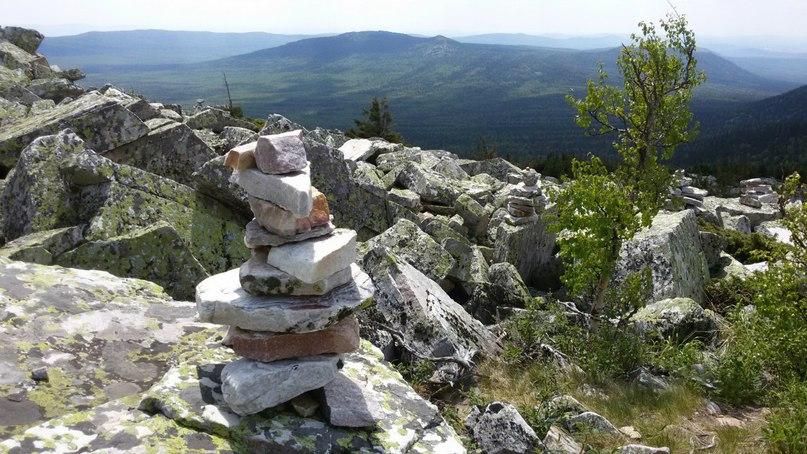 Сад камней на пути от Круглицы к Долине сказок