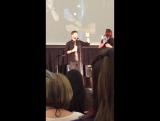 Джаред Падалеки и Дженсен Эклз на конвенции в Питтсбурге 2016.