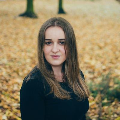 Оля Смаль