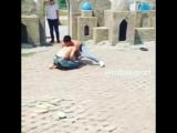 Драка в узбекистане . Узбекский уличный бой . 600000 просмотров за 1 день