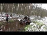 Квадроцикл грязи не боится.