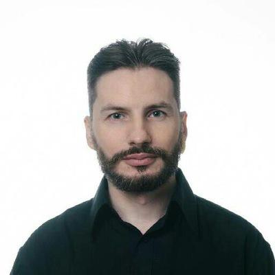 Илья Скоморохов