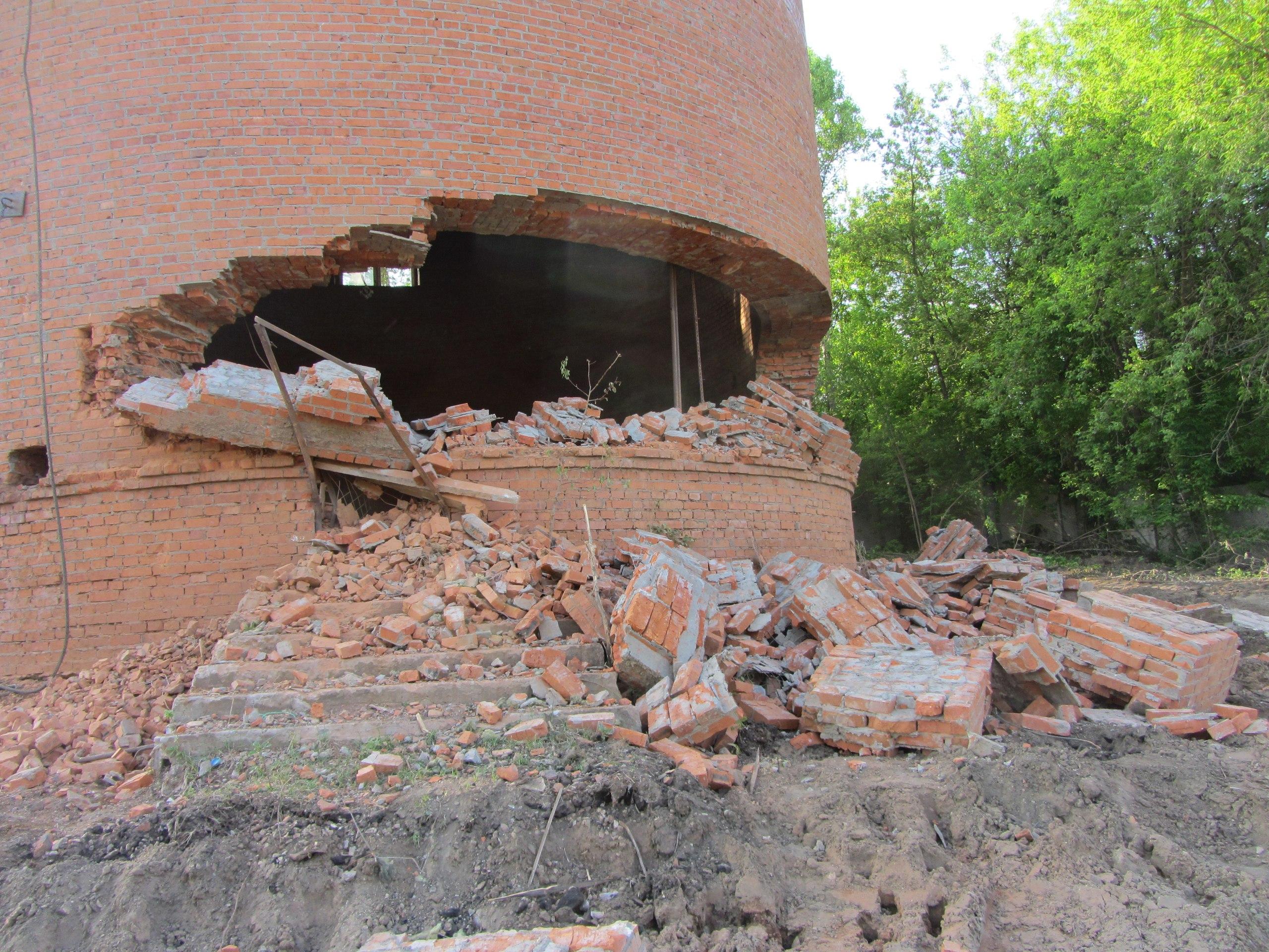 Снос водонапорной башни в Серпухове