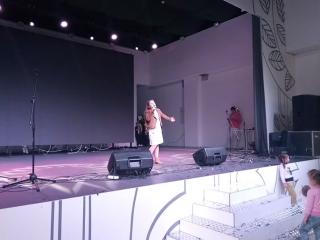 Галя Дубок - Два кольори (#katapultacreativeteam)