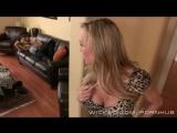 Мать застукал сына за дрочкой и помогла ему с недотрахом - Hot step mom порно инцест porn