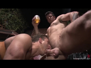 Пользуют пидора #gay #porn #throat #hard #foot