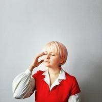Олена Лажневська