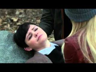 Emma Saves Snow 4x21 Once Upon A Time