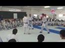 """Проведение кидзами дзуки после смены позиции. """"Фишка"""" в том, что соперник меняет стойку с опозданием, и это время используется для проведения удара."""