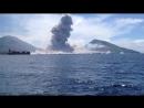 УДАРНАЯ ВОЛНА ОТ ИЗВЕРЖЕНИЯ ВУЛКАНА (Volcano Eruption in Papua New Guinea)