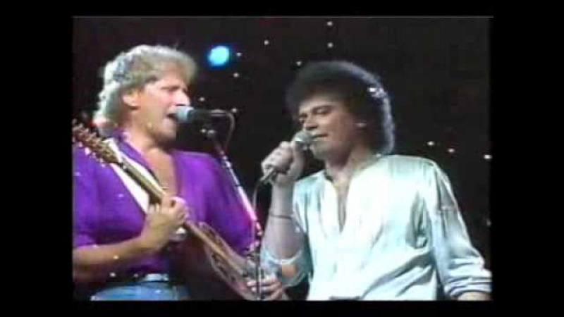Air Supply in Hawaii - Even the nights are better 1983 English subtitles