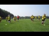 Тренировка на летних футбольных сборах