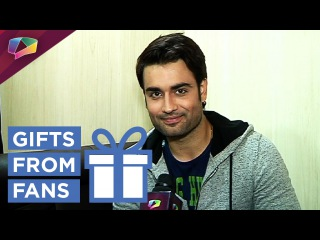 Vivian D'Sena loves a special fan and thanks all the other fans for gifts