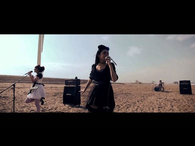 BAND-MAID the non-fiction days