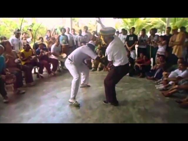 Mestre Claudio Mestre Jogo de dentro / Chamada Rasteira Capoeira