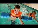 ★ МИККИ МАУС плавающая машина Купаемся в БАССЕЙНЕ Клуб Mickey Mouse swiming car toys swim in pool