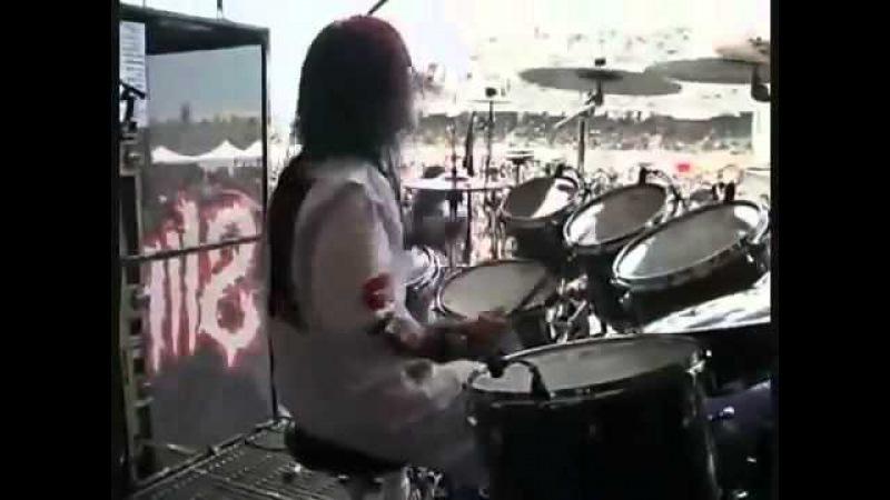 Барабанщик Slipknot разогревается