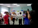 Это на нашем выпускном мы танцуем вальс