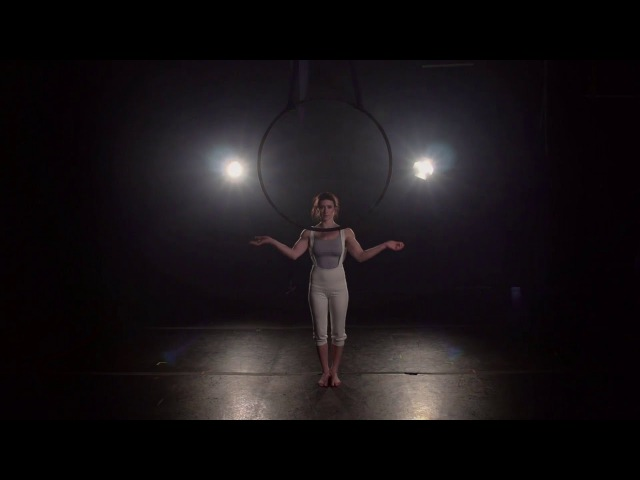 Dream Frohe, Solo Aerial Hoop