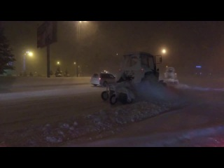 Ночная очистка улиц в Усть-Каменогорске