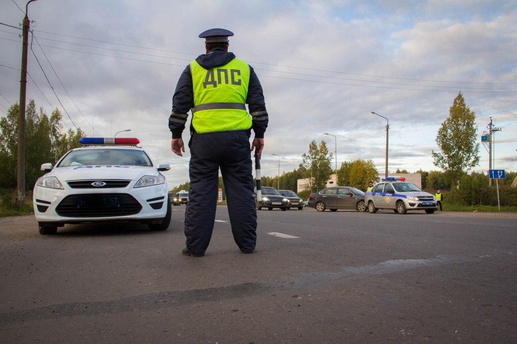 Под Таганрогом водитель Renault Logan сбил женщину и скрылся с места ДТП